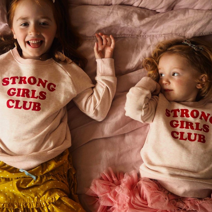 "Muthahood - Sweater ""Strong Girls Club"""