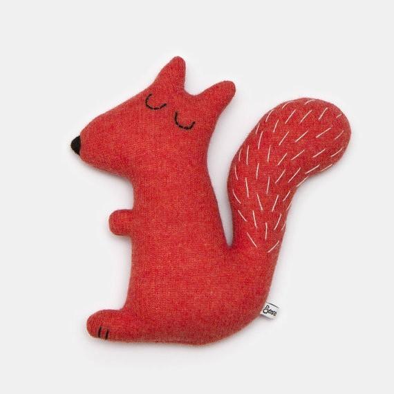 """Sara Carr - Eichhörnchen """"Stanley"""" zum Kuscheln"""
