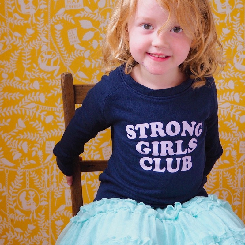 "Muthahood - Sweater ""Strong Girls Club"" Navy"