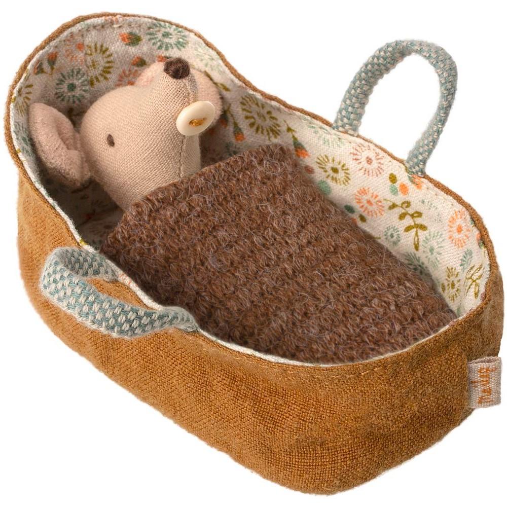 Maileg - Baby Maus in Trage