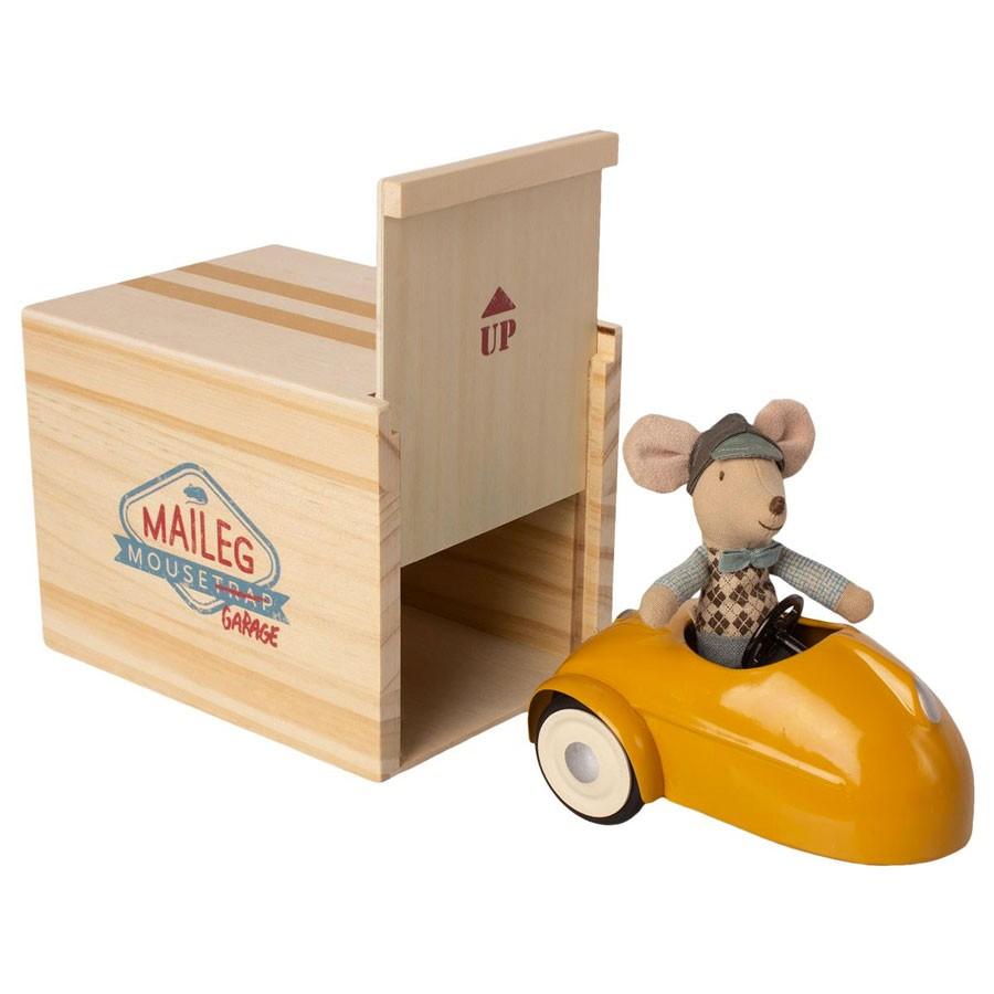 Maileg - Maus im Auto mit Garage Gelb