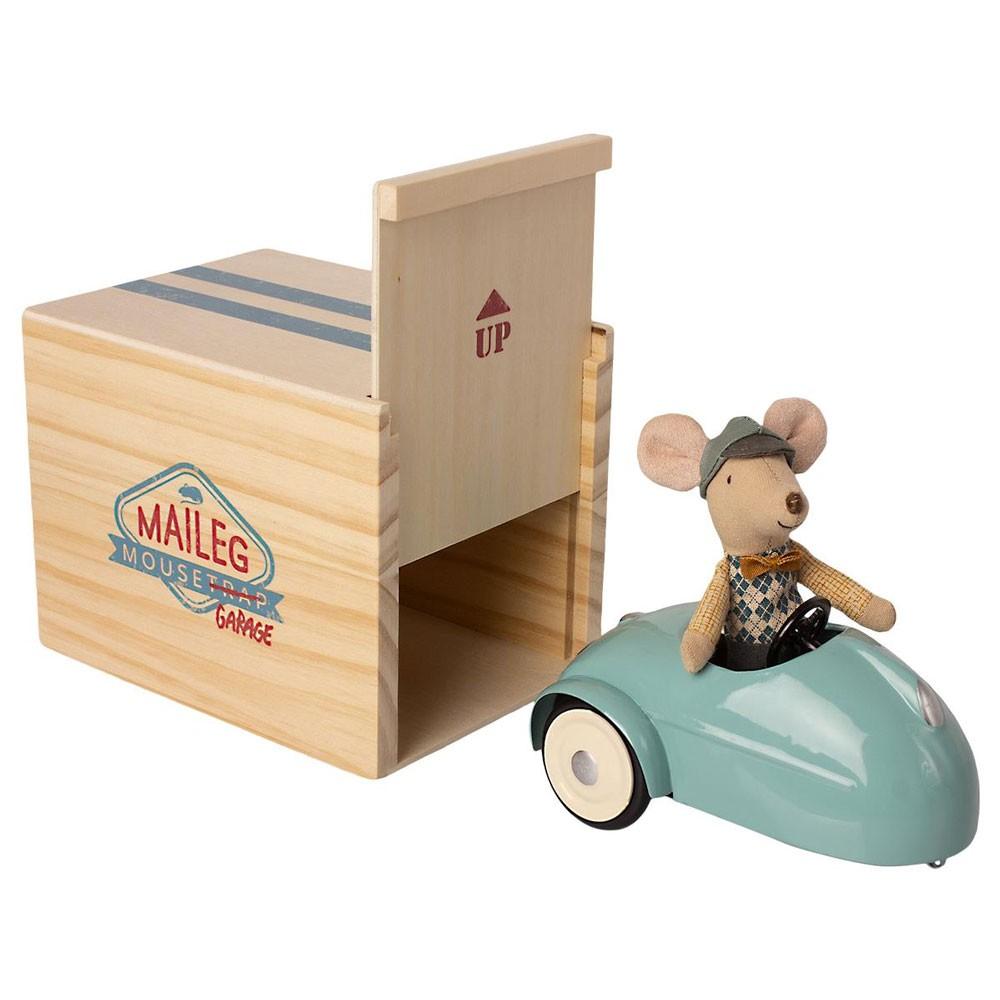 Maileg - Maus im Auto mit Garage Blau